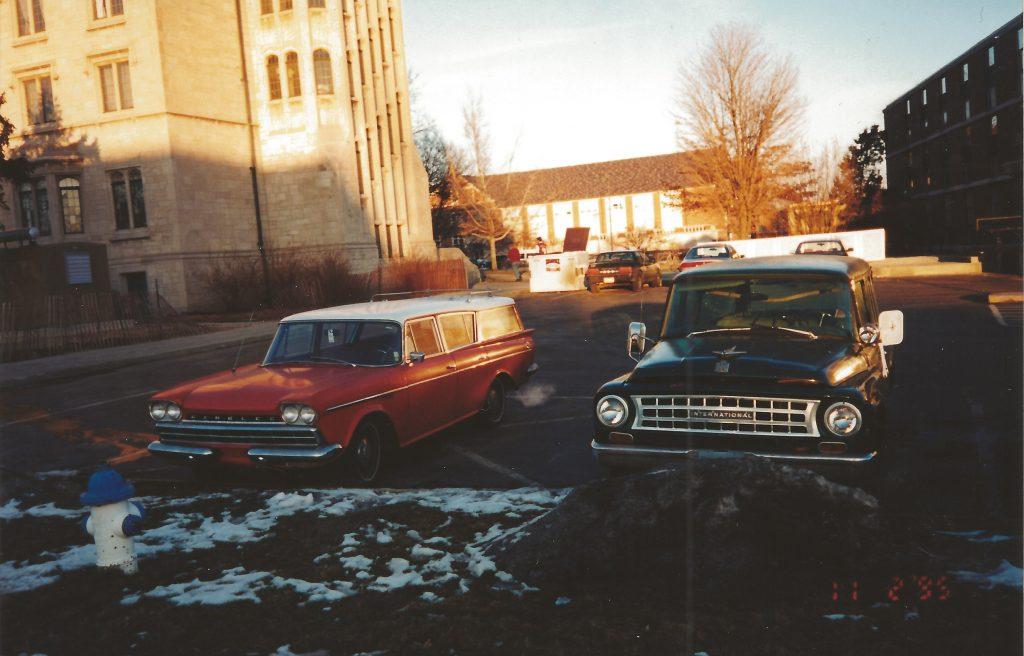 1960 Rambler and 1964 IH Travelall